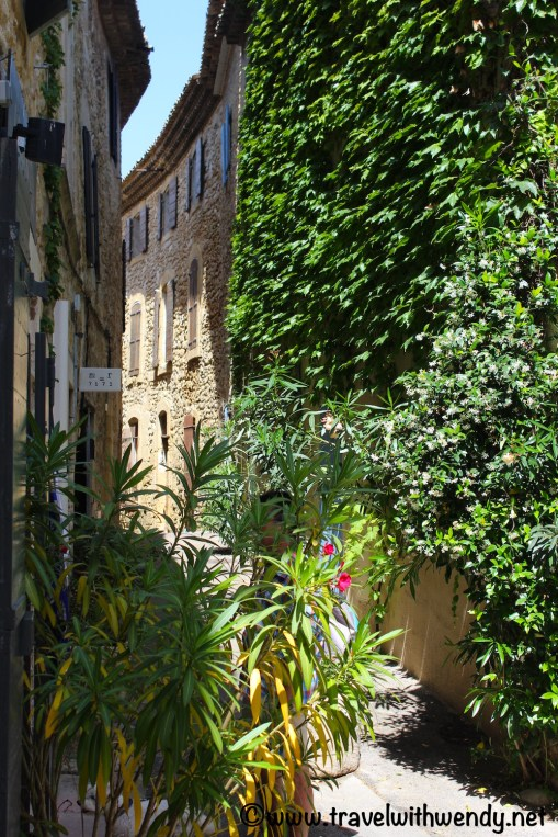 French streets - Provence