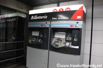 Train ticket machines in Lyon