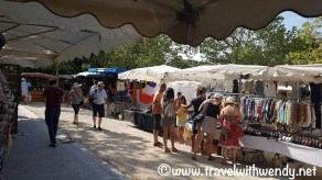 Lourmarin - time to shop
