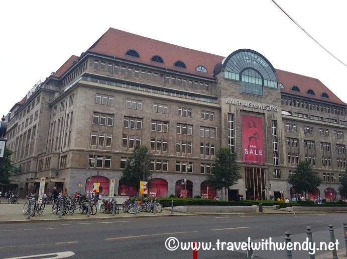 Berlin - more malls of Berlin - Kaufhaus