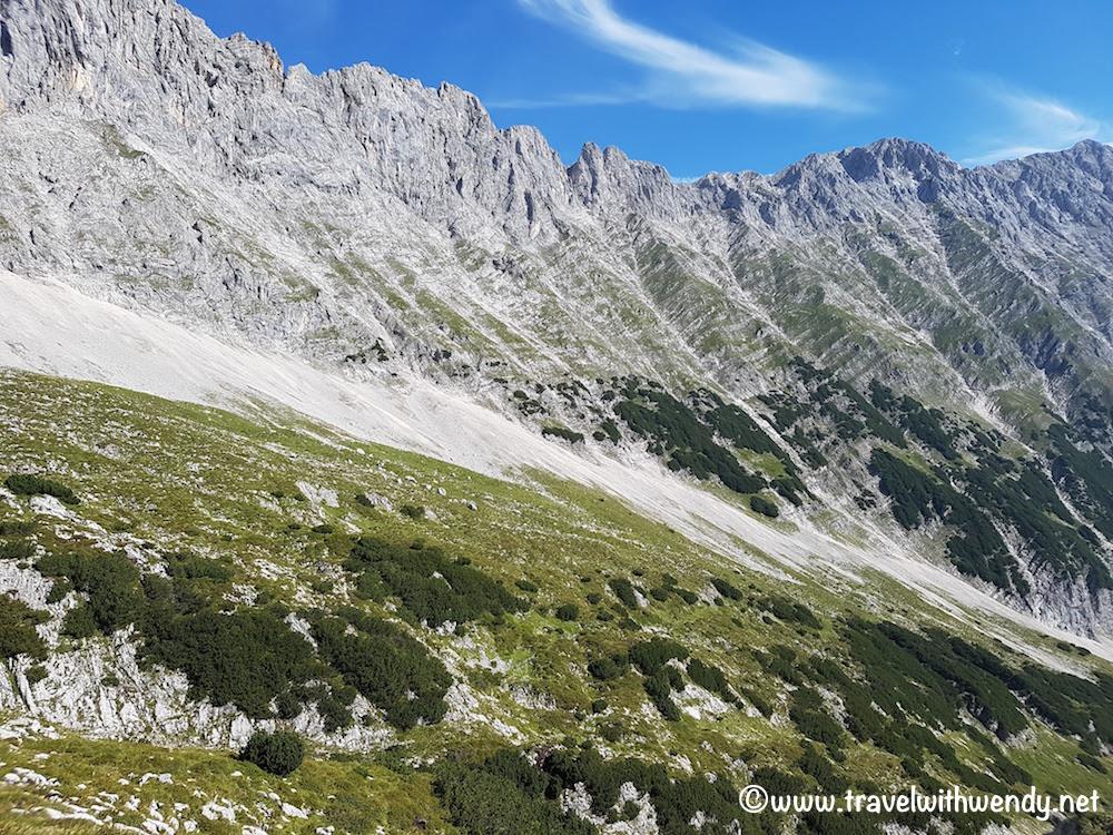 Climbing down the hill - Wetterstein