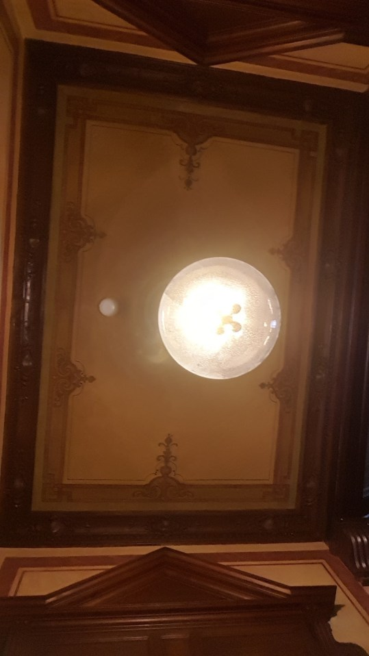 Upper Room Hotel - ceiling