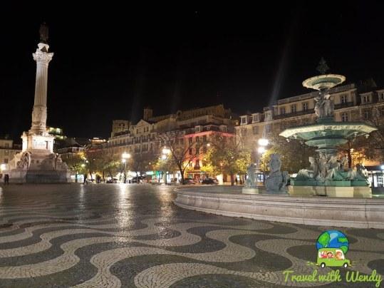 Square's at night