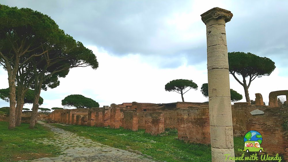 Streets and town of Ostia Antica