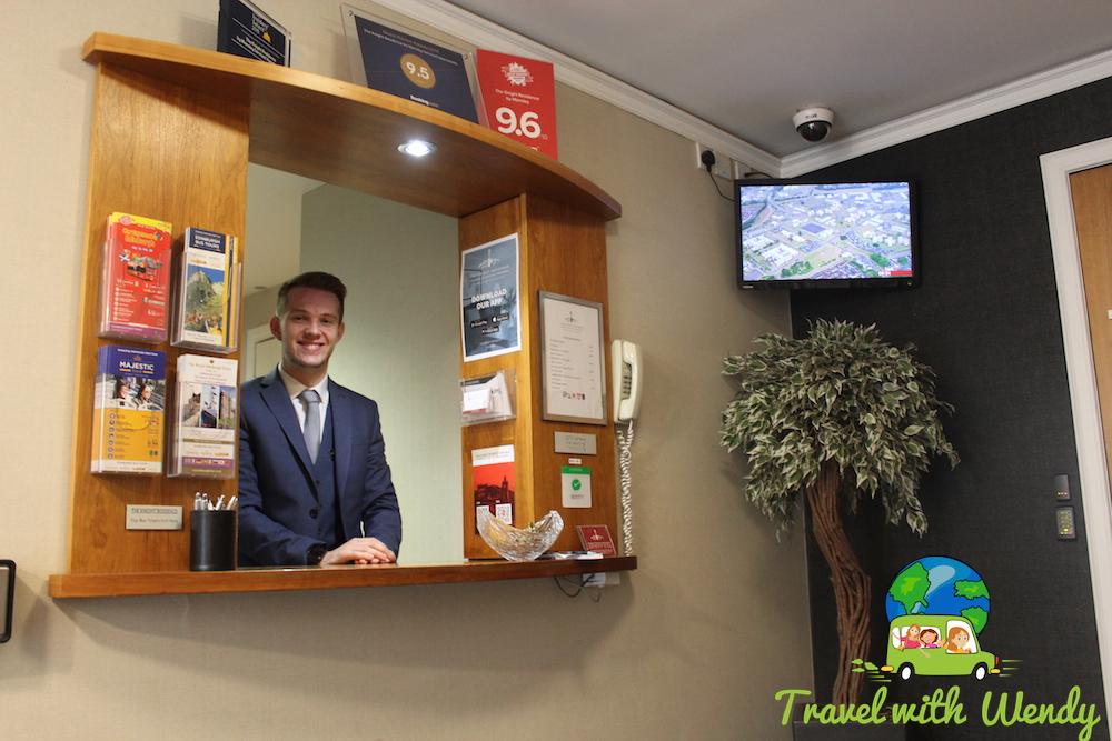 Rohan - Front Desk Reception