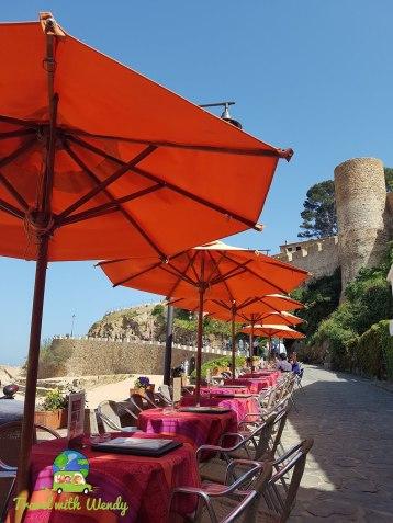 Costa Brava - Walking to the castle