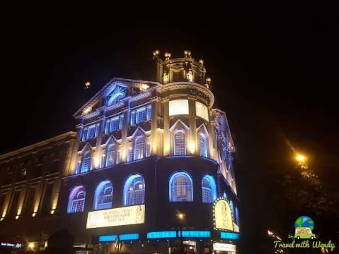 Novello Theater Momma Mia