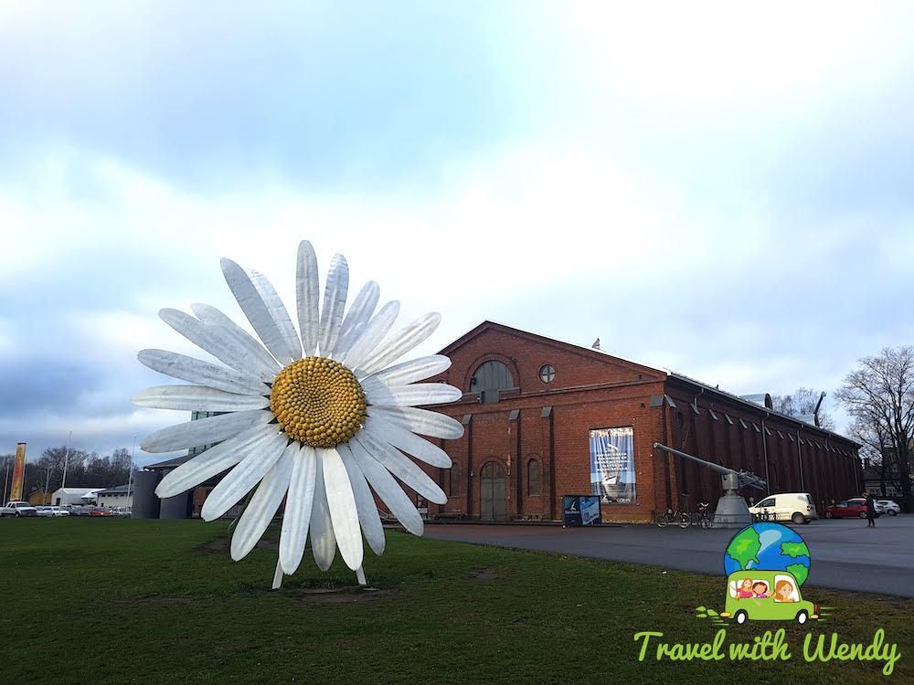 Daisy, daisy - wonderful display in Turku Finland