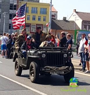 Flags and trucks - Parade begins - Pilsen