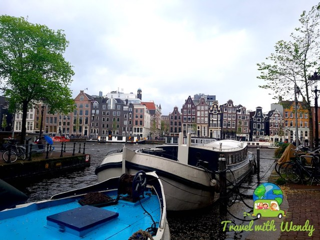 Canals and houses of Amsterdam - touring the netherlands