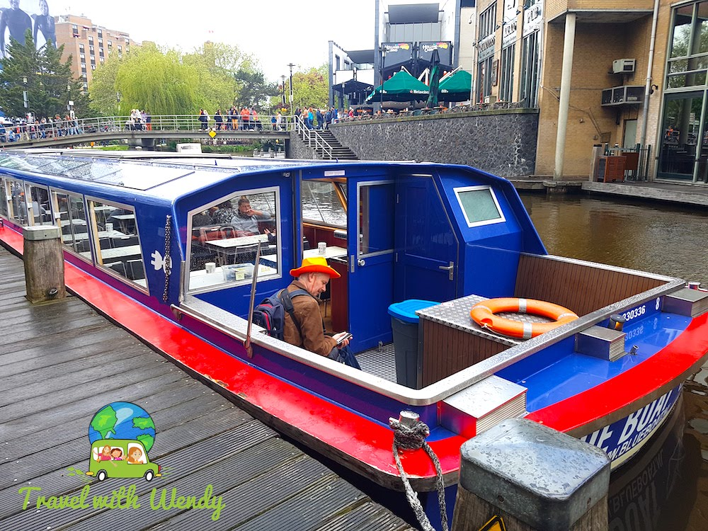 Time for a boat ride - BLUE BOAT - touring the Netherlands