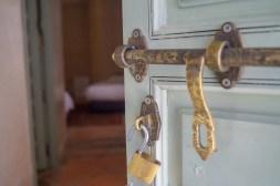 Riad Les Hibiscus door knob