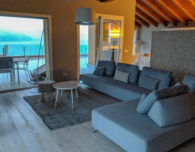Golfo Gabella Lake Resort penthouse