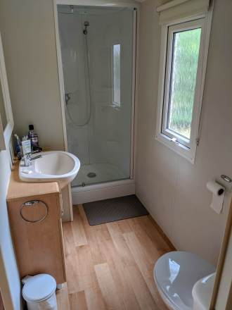 bathroom in mobile home