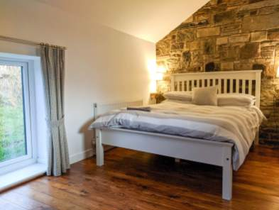 Buttercup bedroom at Rossendale