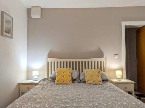 Rose bedroom at Rossendale