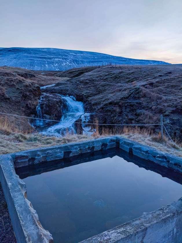hot tub at Stóra Ásgeirsá