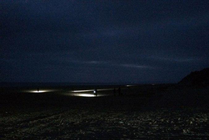night-race-battle-on-the-beach