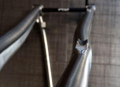 DirTi-seat-stay-titanium-gravel