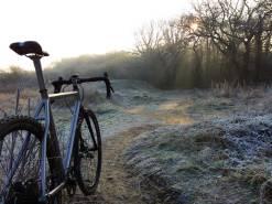 a-travers-dirti-autumn-gravel-bike