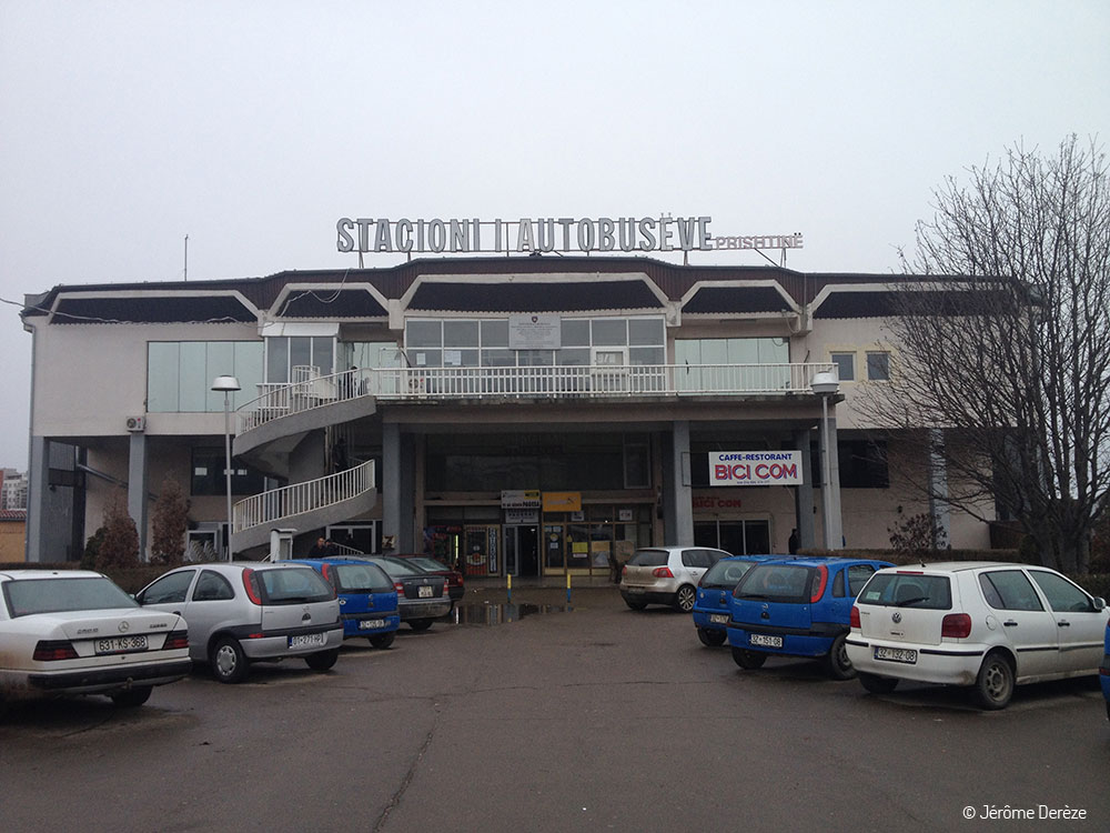 Gare des bus de Pristina