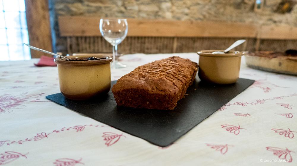 Fabrication du roquefort - Lait de brebis en aveyron - Dégustation roquefort