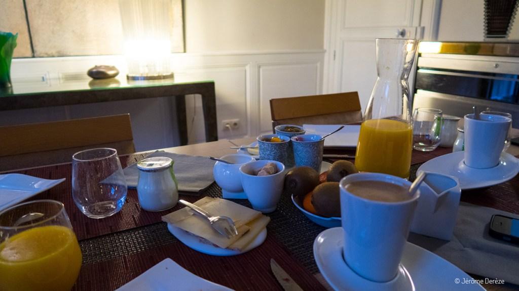 petit déjeuner à nancy dans une maison d'hôte