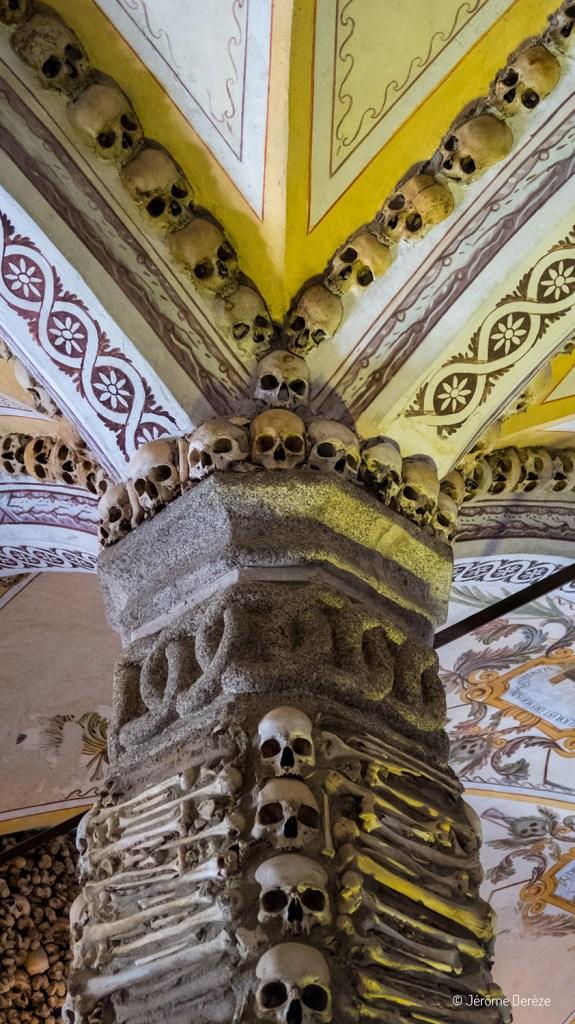 Chapelle des os à Evora au Portugal