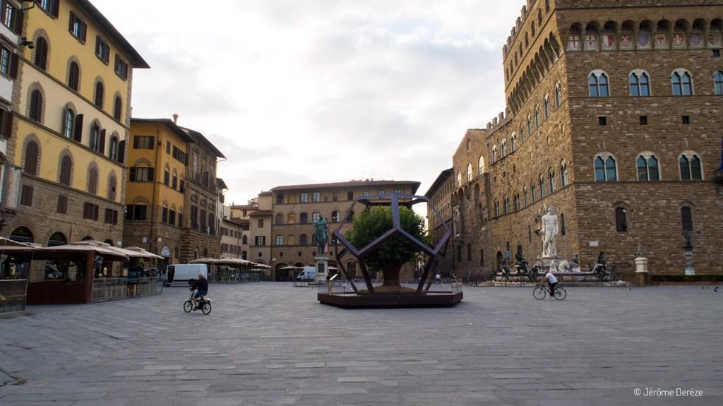 Place de Florence en matinée
