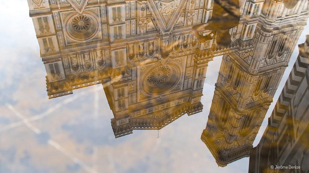 reflet de la cathédrale de Florence