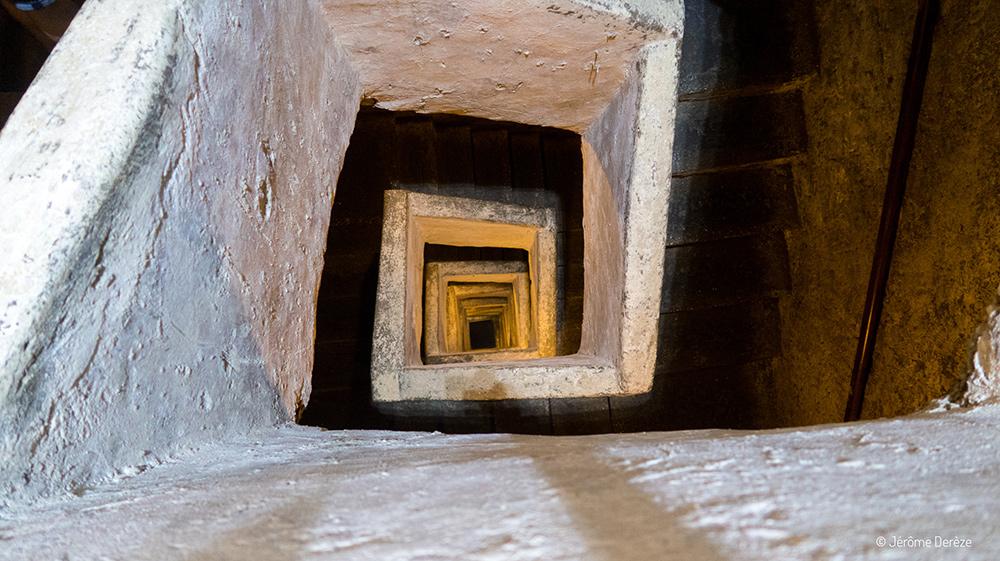 descendre dans les souterrains de naples
