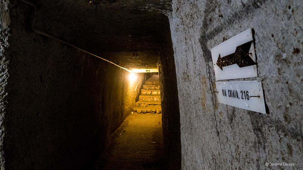 Couloir dans le souterrain de naples