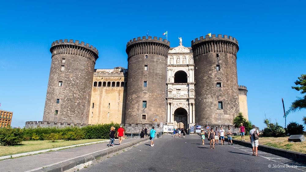 Châteaux à Naples - Castel Nuovo