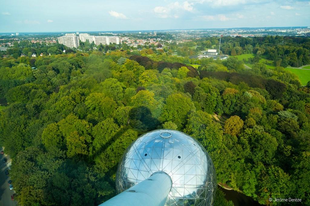 Au sommet de l'Atomium à Bruxelles