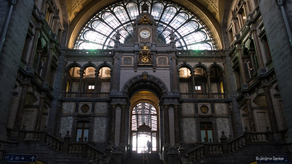 Gare d'Anvers Central