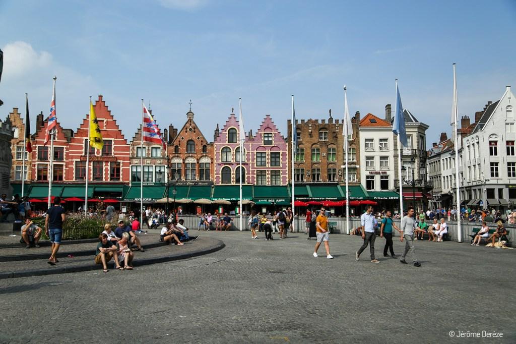 Place du marché de Bruges