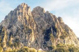 Els Encantats i Estany de Sant Maurici, reino de agua, roca y bosques
