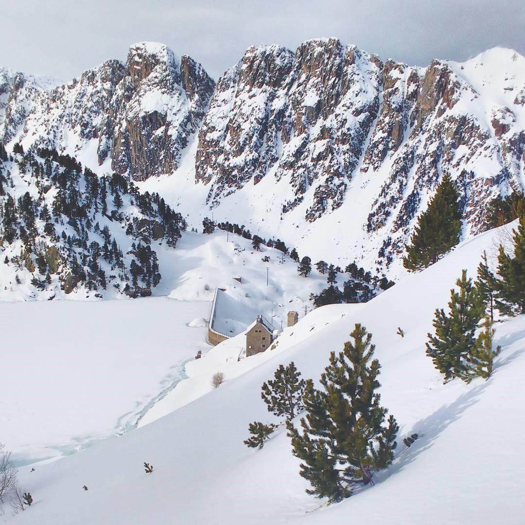 Fotografía montaña Pirineos by @faltimiras