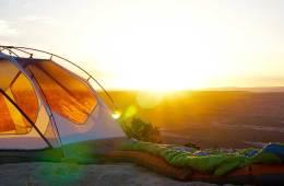 Cómo elegir un saco de dormir / Foto: Jake Sloop