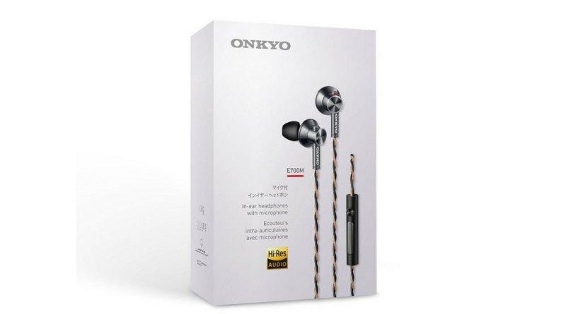 Onkyo E700M earphones