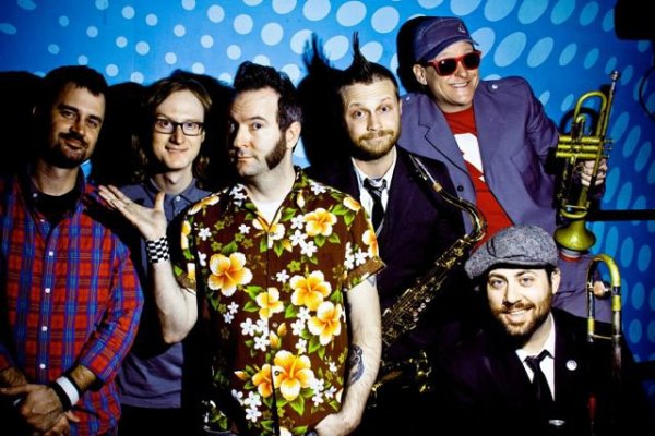 "Reel Big Fish ""I Dare You To Break My Heart"" Music Video"
