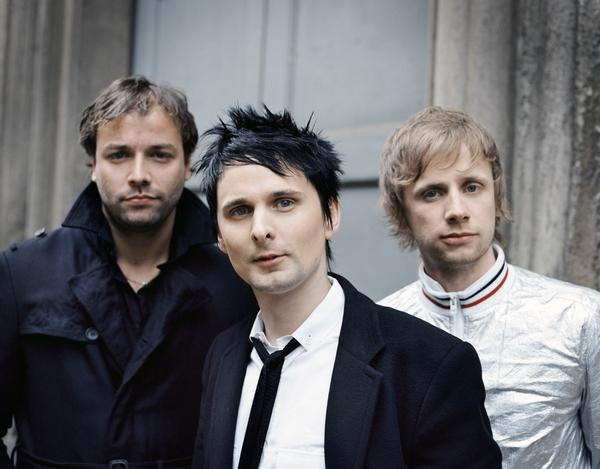 "Muse ""Supremacy"" Music Video"