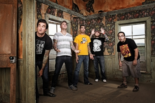 """New Found Glory """"Connect the Dots"""" Music Video"""