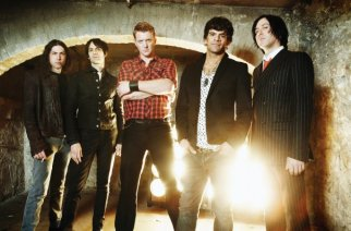 """Queens of the Stone Age """"Smooth Sailing"""" Music Video"""
