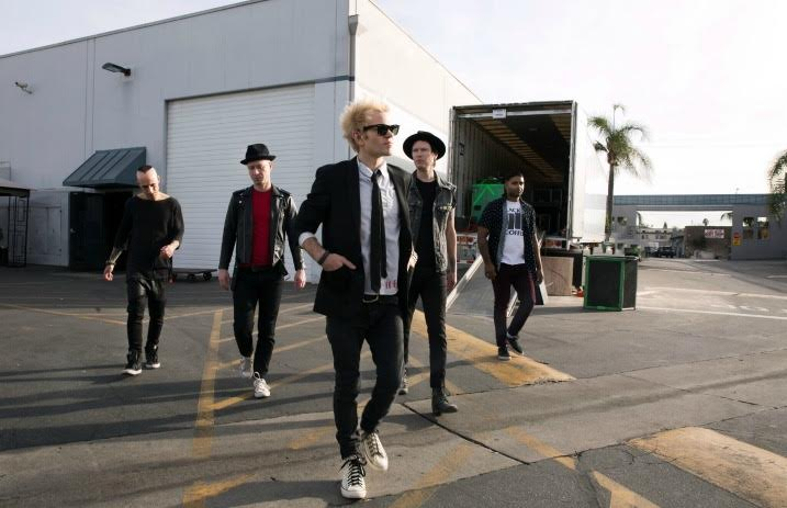 Sum 41 Sign To Hopeless Records