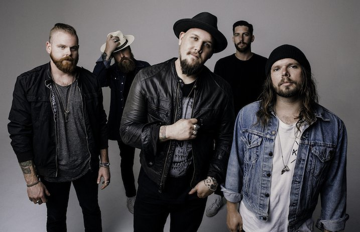 "Hell Or Highwater (Atreyu) Streams New Song ""Walk Out In The Rain"""