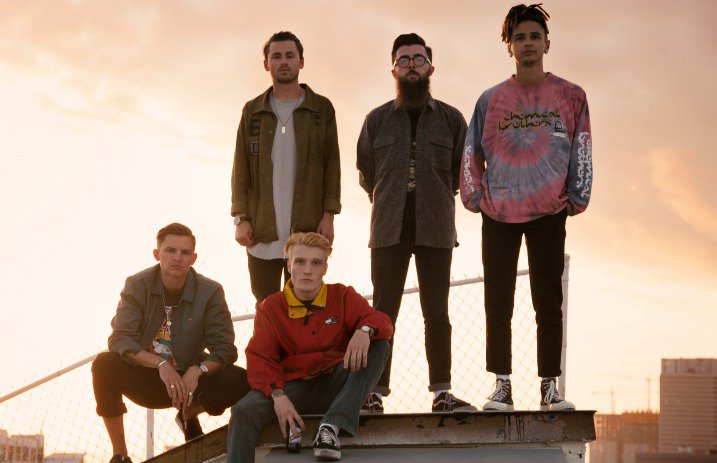 "Neck Deep Release ""Parachute"" Music Video"