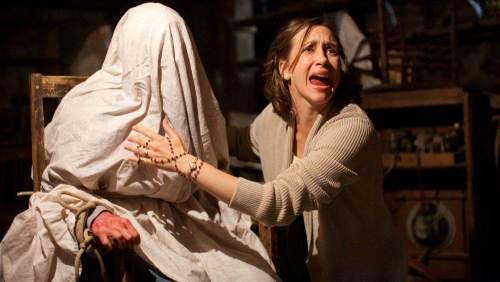 film horor - 7 Film Horor Ini Memiliki Kisah Menyeramkan Saat Proses Syuting