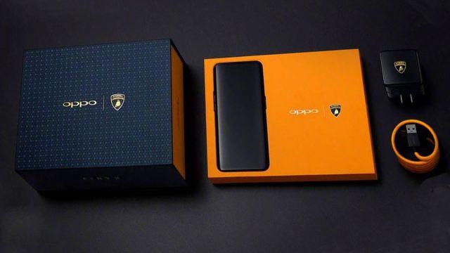 paking logo oppo find x lamborghini 750x422 - Super Mahal! Fakta, Harga, Spesifikasi, Kelebihan & Kekurangan Oppo Find X Lamborghini