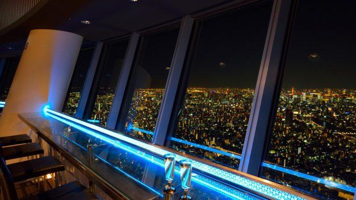 晴空塔餐廳夜景